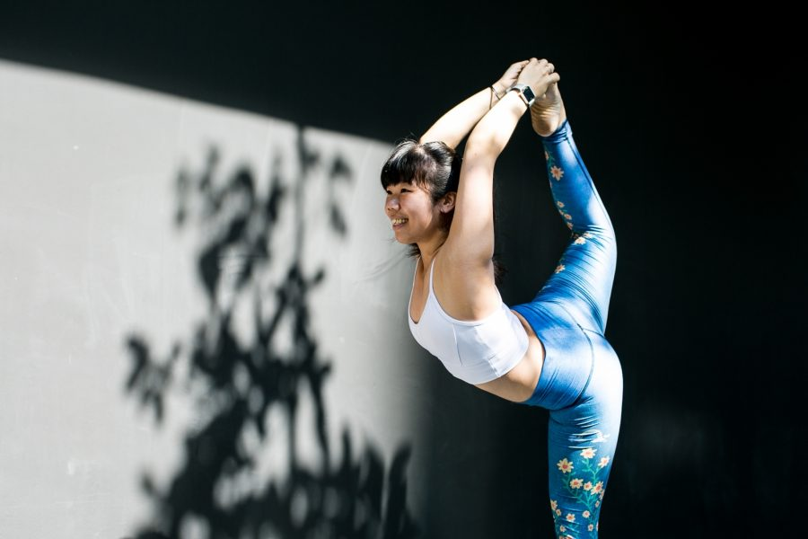 Level up balance flow yoga movement level up balance flow solutioingenieria Choice Image